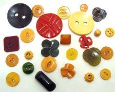 Old bakelite button lot-Vintage bakelite by BECKSRELICS on Etsy