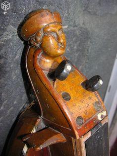 Vielle à roue Luthier Tixier à Jenzat