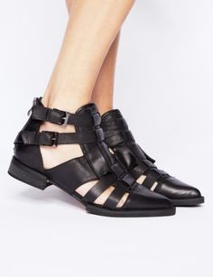 Pixie Market - buckle sandle boots