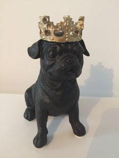 King Pug statue ~ Reject Shop
