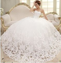 Floor-Length White Lace Crystal Wedding Dress