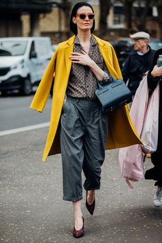 Street Style London Fashion Week *Yellow