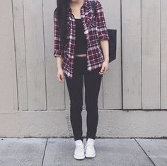 Every sensible girl should own a flannel. They are really one of the best things to own #fashion #summer