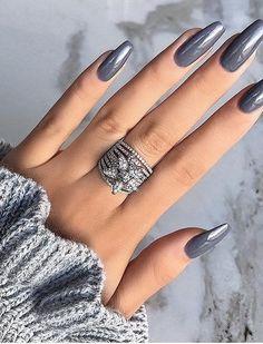 nails one color short - nails one color ; nails one color simple ; nails one color acrylic ; nails one color summer ; nails one color winter ; nails one color short ; nails one color gel ; nails one color matte Nagellack Design, Nagellack Trends, Gray Nails, Matte Nails, Shellac Manicure, Manicure Ideas, Dark Nude Nails, Black Chrome Nails, Em Nails