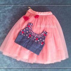 Baby Girl Dress Design, Girls Frock Design, Kids Frocks Design, Baby Frocks Designs, Kids Party Wear Dresses, Kids Dress Wear, Dresses Kids Girl, Kids Wear, Baby Dresses
