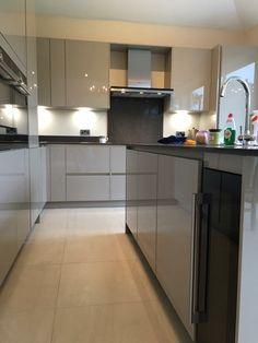 High end kitchen installation