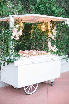 weddingdress pink A Romantic Pink Flower-Filled Wedding in Arizona Wedding Desserts, Wedding Decorations, Our Wedding, Dream Wedding, Wedding Unique, Wedding Ideas, Sweet Carts, Drink Cart, Flower Cart