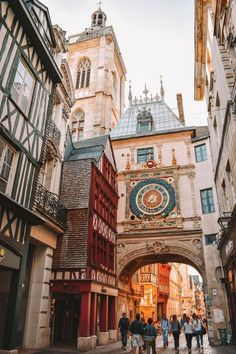 Rouen, France's Gros-Horlage a 14th Century Astronomical Clock and Arch | 12 Beautiful Places to Visit in Northern France | Plan Your Visit in Northern France with These 12 Highlights | Champagne, Cheese, and Water Bound Castles in Northern France | Top 12 Sites of Northern France | Things to Eat, See, and Do in Northern France | The Best Northern France Itinerary Covers These 12 Places #travel #europe #france #normandy #champagne
