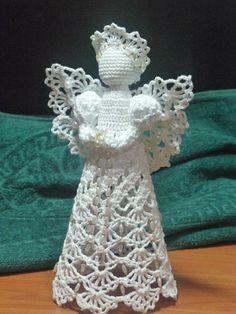 Interesting ideas for decor: Crochet angels . Christmas Crochet Patterns, Crochet Ornaments, Holiday Crochet, Crochet Gifts, Crochet Toys, Crochet Angel Pattern, Crochet Angels, Quilted Christmas Ornaments, Christmas Angels
