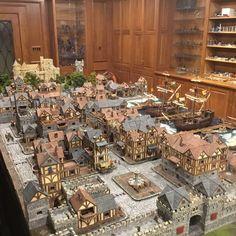 Tables and desk ideas Fantasy Town, Fantasy Castle, Fantasy House, Medieval Fantasy, Medieval Houses, Medieval Town, Minecraft Medieval, Minecraft Houses, Model Castle