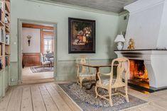 stiligahem.se Furniture, Farm House Living Room, Interior, Scandinavian Furniture, Swedish Farmhouse, Country Interior, Home Decor, Country Furniture, Rustic Interiors