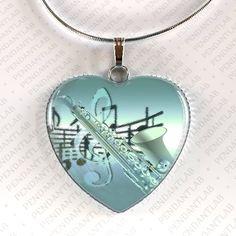 Saxophon Herz Anhänger, Halskette, Musik Instrument Schmuck, Musik-Halskette, Musik Schmuck, Geschenk für Musikliebhaber, Geschenk für Musiker, Charme