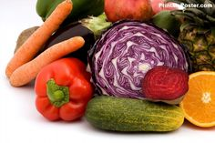 An alkaline diet plan aims to reduce the amount of acidic foods in your diet. Although more research is needed, an alkaline diet might have certain health benefits. Whole Food Diet, Whole Food Recipes, Easy Detox Cleanse, Wheat Free Diet, Cholesterol Lowering Foods, Cholesterol Symptoms, Cholesterol Levels, Cancer Fighting Foods, Alkaline Diet