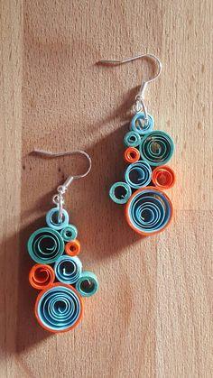 Guarda questo articolo nel mio negozio Etsy https://www.etsy.com/it/listing/477231222/orecchini-di-carta-pendenti-colorati