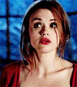 Lydia was so sassy to her mom in this scene though😂😂😂 Teen Wolf, Gifs, Girl Inspiration, Character Inspiration, Lydia Martin Hairstyles, Lydia Martin Style, Teen Tv, Stydia, Hazel Eyes