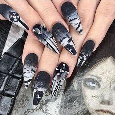 WEBSTA @ darkartistries - By @banessavlanco ❤️ #goth #gothgirl #gothgoth #gothic #dark #makeup #gothicmakeup #pagan #witch #magic #horror #creepy #scary #Halloween #alternative #alt #altmodel #alternativemodel #darkness #fashion #nugoth #instagoth #best