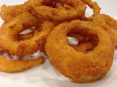 AMAZING Gluten Free Onion Rings using Cup4Cup Gluten free Flour and Schar Bread Crumbs.  So crispy and delicious!!  A treat for any gluten free person for sure!!  http://www.connectglutenfree.com/blog/1394/gluten-free-crispy-onion-rings-recipe/