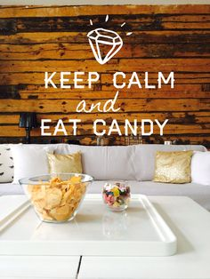 livingroom, wooden wall, keep calm and eat candy A&A at HoMe - Blogi | Lily.fi