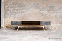 Meuble TV « GENTLEMEN DESIGNERS, Mobilier vintage, made in France http://www.gentlemen-designers.fr