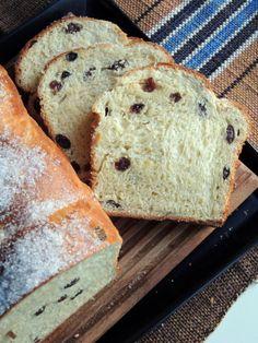 Rosinbrød – gør mit hjerte blødt og min mave glad. – Den glade kagekone Baking Recipes, Healthy Recipes, Recipe Boards, Sweet Bread, Afternoon Tea, Crackers, Deserts, Food And Drink, Glad