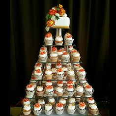 Cupcakes weeding cake