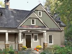Charcoal Grey Mainstreet Vinyl Siding With White Trim Sierra Mountain Ledge Stone Mink