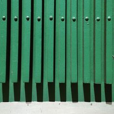 #Vertical #lines (3/3)  Photo by: Noëmie Forget #minimal #green #abstract #montreal #shadow