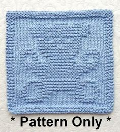 Knitting pattern for Teddy Bear Wash Cloth - Finished dimensions will be approx. 8″ x 8″ [20cm X 20cm]. Great baby shower gift!