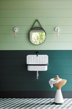 Cheap Home Decor love this dark green and light green paint colour for bathroom with wood plank walls, industrial light and simple white wall hung basin. Click through for more green paint colours for bathrooms you& love Little Greene Farbe, Little Greene Paint, Peinture Little Greene, Bucket Sink, Wood Plank Walls, Green Paint Colors, Bathroom Paint Colors, Design Bathroom, Bathroom Interior