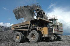 cat 797f mining truck caterpillar heavy metal. Black Bedroom Furniture Sets. Home Design Ideas