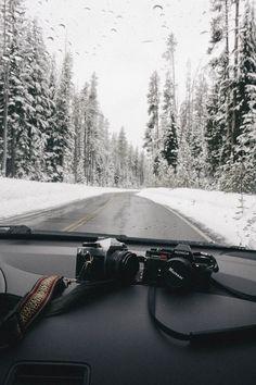 vamos a recorrer la montaña con la cámara...