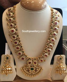Mango Mala latest jewelry designs - Page 7 of 55 - Indian Jewellery Designs Antique Jewellery Designs, Indian Jewellery Design, Gold Earrings Designs, Latest Jewellery, Jewelry Design, Gold Designs, Antique Jewelry, Indian Wedding Jewelry, Indian Jewelry