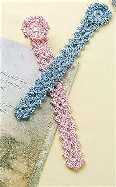 Crochet! Easy bookmark- (free pattern)