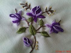 b Bullion Embroidery, Brazilian Embroidery Stitches, Pillow Embroidery, Embroidery Stitches Tutorial, Hand Embroidery Flowers, Embroidery Hoop Art, Hand Embroidery Patterns, Flower Embroidery Designs, Bargello