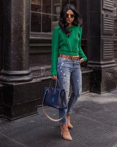 St Patty's Outfit Ideas six stylish st patricks day outfit ideas going green St Patty's Outfit Ideas. Here is St Patty's Outfit Ideas for you. St Patty's Outfit Ideas last. Green Sweater Outfit, Sweater Outfits, Fall Outfits, Casual Outfits, Kelly Green Sweater, Look Fashion, Autumn Fashion, Fashion Outfits, Womens Fashion