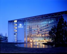 Even airport hotels can be stunning -- Hilton Hotel Heathrow Airport