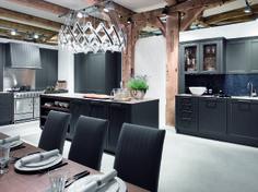 Estándar profesional: equipamiento perfecto, diseño de salón.