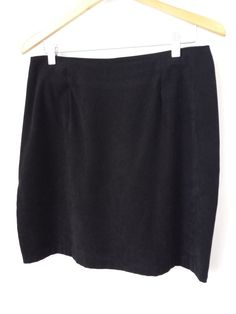 Briggs Faux Suede Skirt Size 14 Womens Knee Length Black Straight With Back Slit #Talbots #ALine