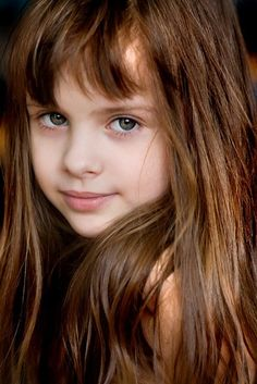 Character inspiration - girl, brown hair, grey eyes - she looks sweet. :)