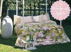 con l'arrivo della #primavera anche la casa si veste di #fiori e #colori... meraviglioso #copriletto trapuntato in tela e #raso di #cotone. Disponibile su #biancoshop http://www.biancoshop.it/letto/copriletto/copriletto-trapuntato/quilt-in-raso-di-cotone-ninfa-fazzini.html