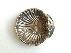 Vintage Ring Dish 1950s Silver Plated Sea Shell made in china / Vintage Jewelry Dish / Cute Ring Holder / Boho Decor / Wedding Gift
