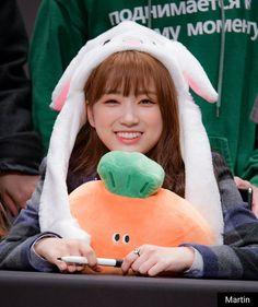 izone - nako Kpop Girl Groups, Kpop Girls, K Pop, Sakura Miyawaki, Yu Jin, Japanese Girl Group, Kim Min, Pledis Entertainment, First Baby