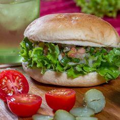 Haz los mejores sándwiches con pan amasado HOME BAKERY de BredenMaster.