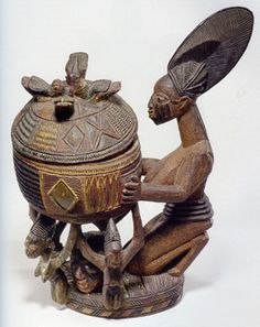 Nigeria--Yoruba Bowl by Olowe of Ise, born Arte Tribal, Tribal Art, Yoruba People, Afrique Art, African Life, African Sculptures, Art Premier, Art Africain, African Diaspora