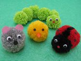 Les animaux en pompons                                                                                                                                                     Plus Yarn Animals, Pom Pom Animals, Pom Pom Crafts, Yarn Crafts, Pom Pom Rug, Pom Poms, Diy For Kids, Crafts For Kids, Wool Dolls