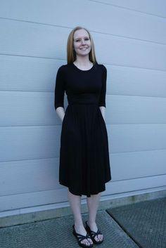Discover more modest fashion inspiration via @modestonpurpose and on the blog at ModestOnPurpose.blogspot.com!!