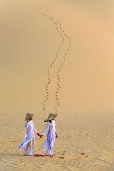 "colorel11: ""©Jungshik Lee Sand dunes-Vietnam """