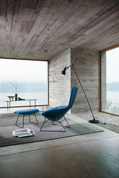 The frame is a welded steel construction with rods in polish, satin chrome or bonded Rilsan. Seat cushions secure to chair with lock-snaps. The..