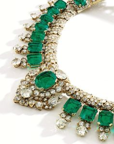 An Indian-inspired 18k gold, emerald, and diamond necklace by Cartier, custom-made in 1947, with more than 100 cts. t.w. Colombian emeralds; estimate: $600,000–$800,000 #gold #emerald #diamond #Cartier