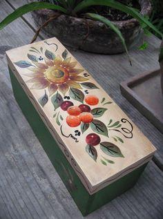 Caja de Te #te #vintage #flores #pintadoamano #arte #casabonitaleon…